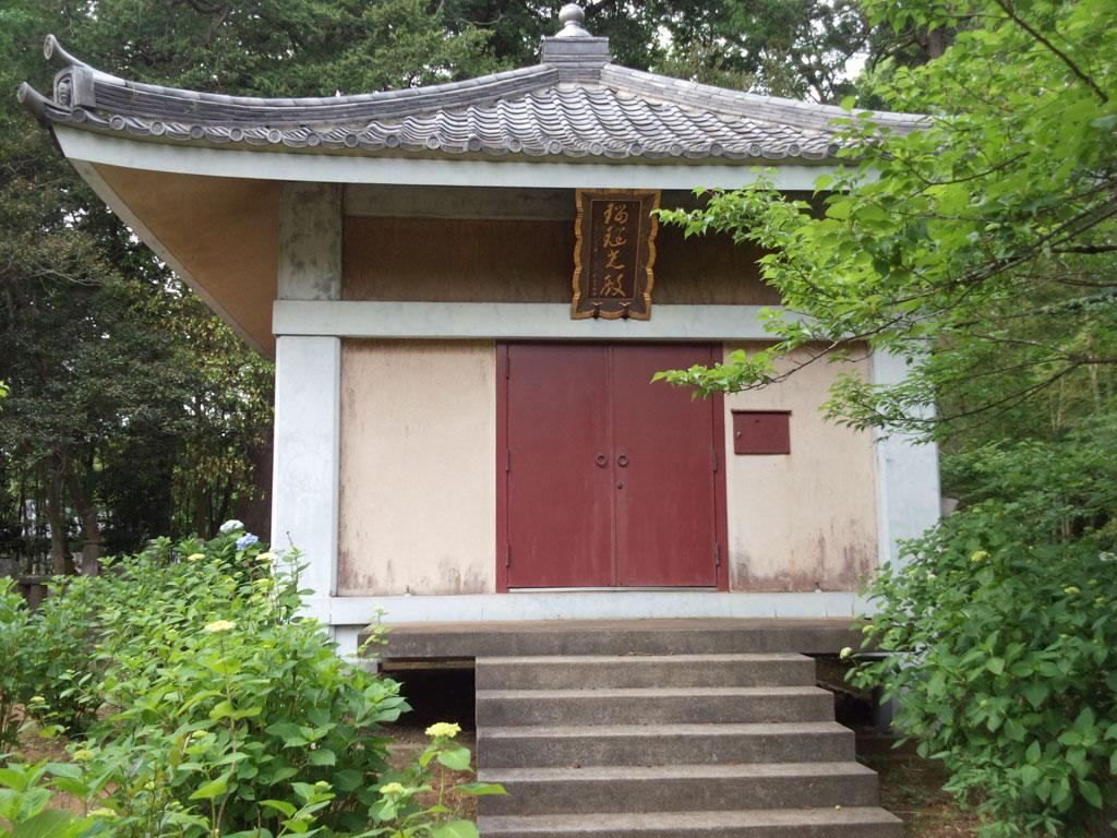 松虫寺 建物
