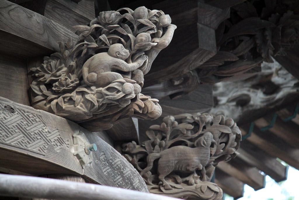 鐘楼の彫刻
