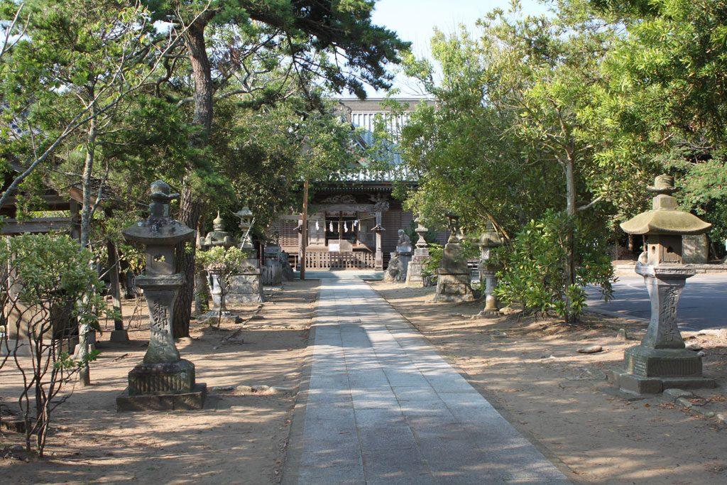 玉崎神社  参道